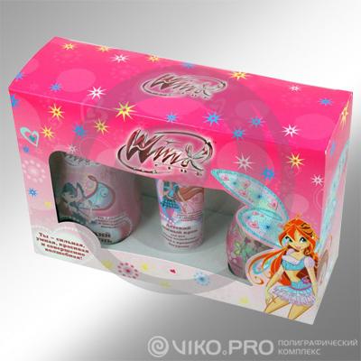 Картонная упаковка для подарочного набора детской косметики 240х150х90 мм
