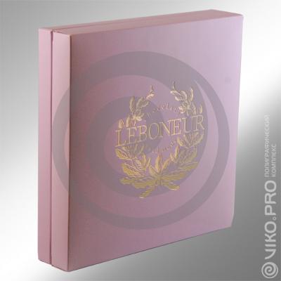 Картонная упаковка для конфет LEBONEUR 225х225х45 мм 2